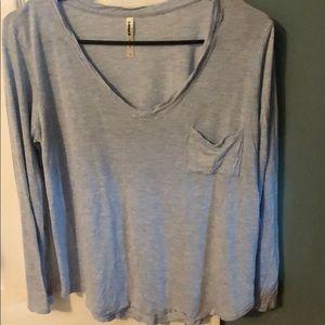 Women's size Large, light blue Tresics t-shirt